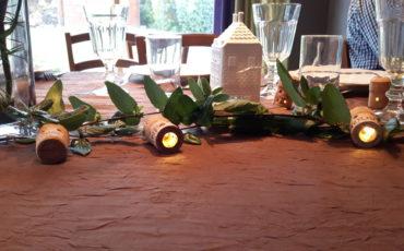 "Guirlande lumineuse ""la Touraine"" en bouchons en liège-Chemin de table -Arts de la Table"