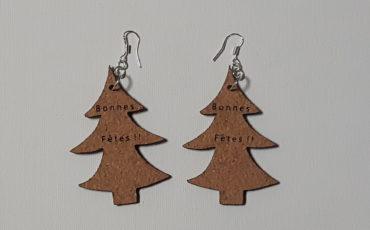 Boucles d'oreilles en feuille de liège -forme sapin-2 ou 3 mm- crochets en argent ( sans nickel)- cadeau pour jeune fille ou femme